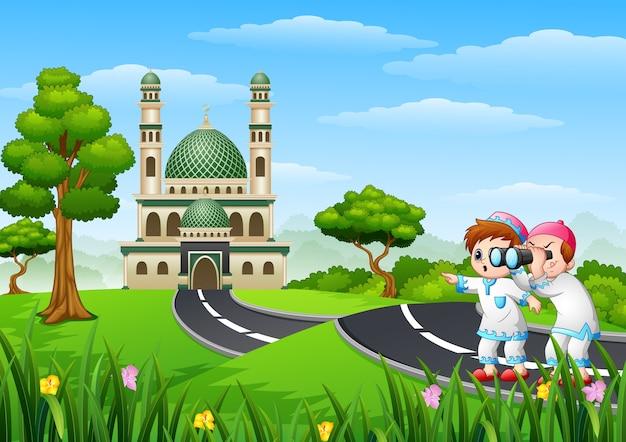 Desenho de crianças muçulmanas na rua com um binóculo