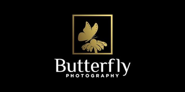 Desenho de logotipo de flor de borboleta chupando flores, lindo animal na cor dourada