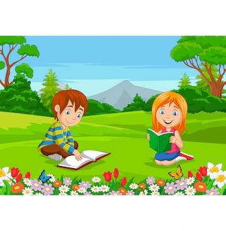 Desenho menino e menina lendo livros no parque