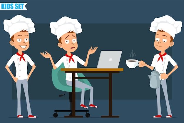 Desenhos animados apartamento pequeno chef cozinheiro menino personagem de uniforme branco e chapéu de padeiro. garoto posando e carregando a cafeteira e o copo no prato.
