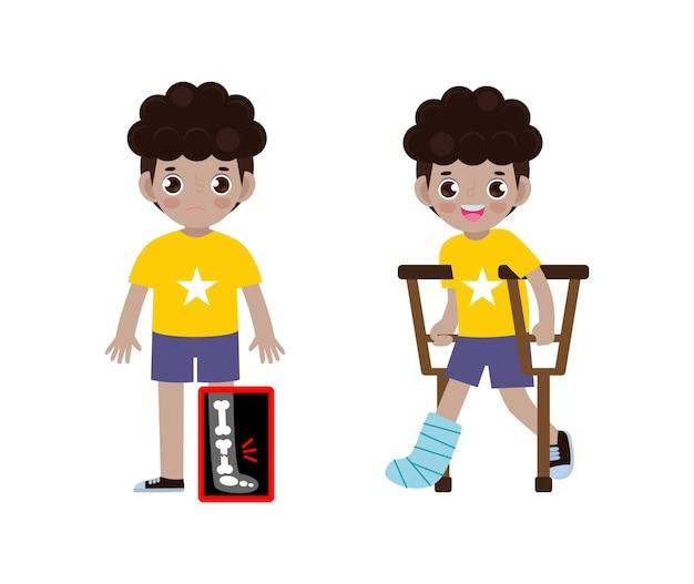 Desenhos animados bonitos de crianças afro-americanas com perna quebrada no raio x e se recuperando com gesso e muletas tratamento de fratura óssea
