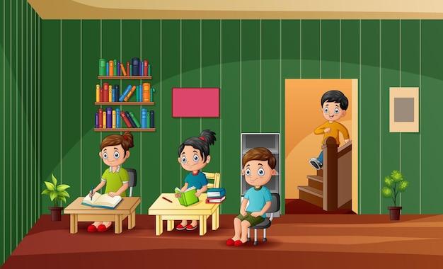 Desenhos animados das crianças aprendendo na classe