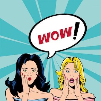 Desenhos animados retrô de mulheres de cabelo preto e loiro com vetor de bolha uau