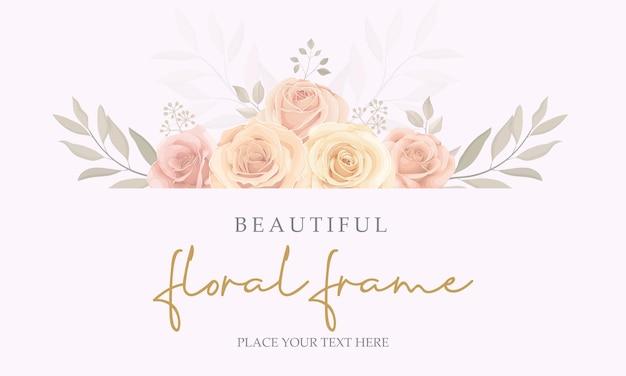 Design de banner elegante com moldura floral e flor de rosas desabrochando
