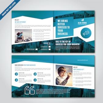 Design de brochura bi-fold quadrado