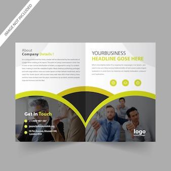 Design de brochura bi fold