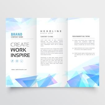 Design de brochura com três dobras triângulo abstrato azul