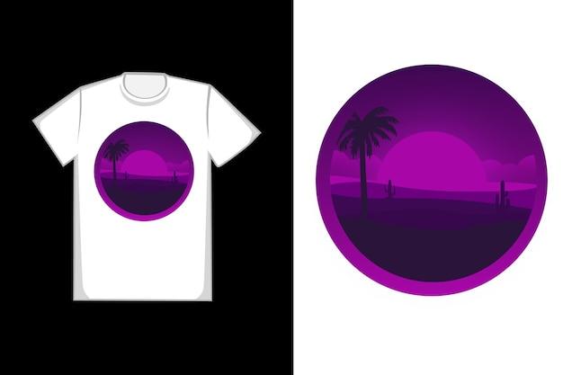 Design de camiseta o deserto fica roxo em um dia claro