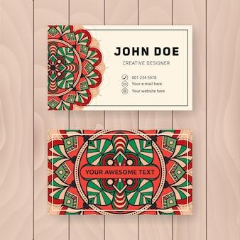 Design de cartão com nome da mandala do vintage