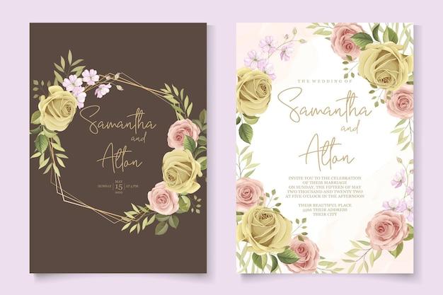Design de cartão de casamento com lindos enfeites de rosas