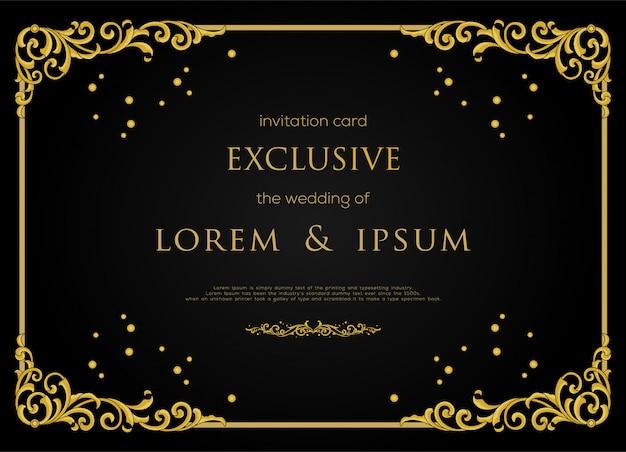 Design de cartão de convite exclusivo com moldura de cor ouro de luxo e elemento decorativo