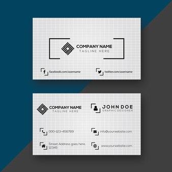Design de cartão de visita preto e branco simples criativo