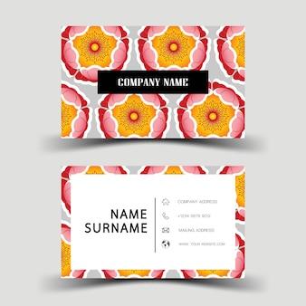 Design de cartão de visita sobre o fundo cinza. com inspiração de flor.