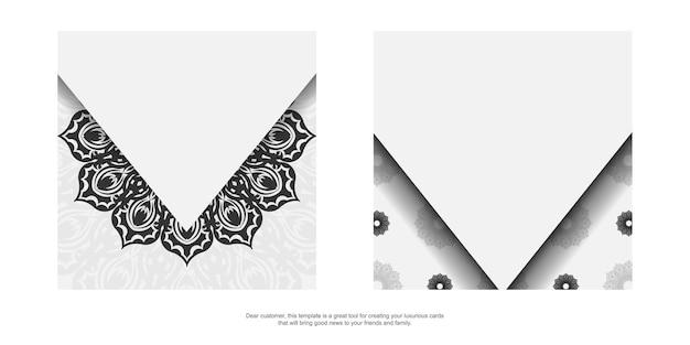Design de cartão postal pronto para imprimir em branco com enfeites de mandala preta. modelo de convite com espaço para seu texto e padrões.