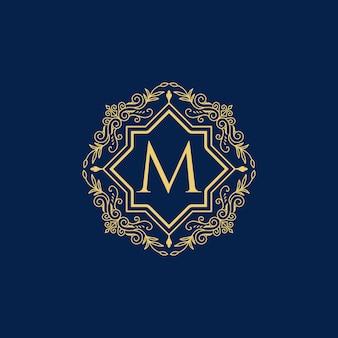 Design de coleção do logotipo de luxo vintage da letra m