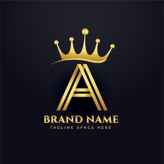 Design de conceito do logotipo de ouro da coroa da letra a