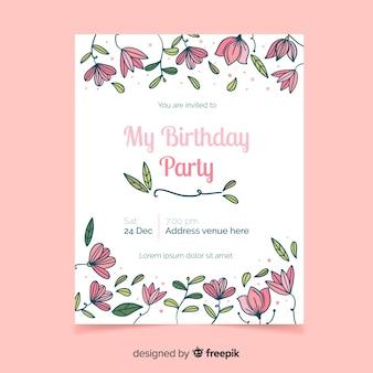 Design de convite de aniversário floral