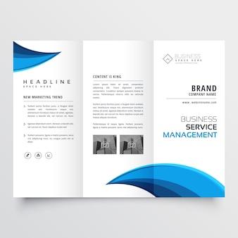 Design de layout de folheto azul moderno com três dobras