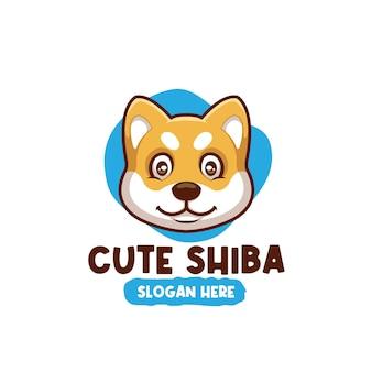 Design de logotipo da mascote do personagem de desenho animado bonito de shiba inu