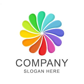 Design de logotipo de arco-íris de flor