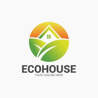 Design de logotipo de casa verde