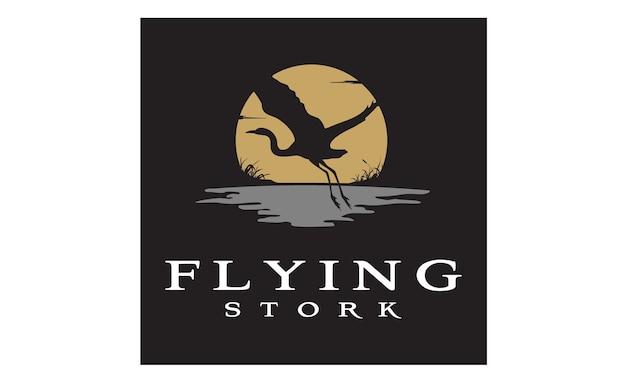 Design de logotipo de cegonha / pássaro pôr do sol a voar