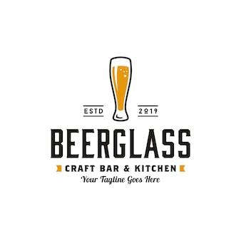 Design de logotipo de cerveja artesanal retro simples