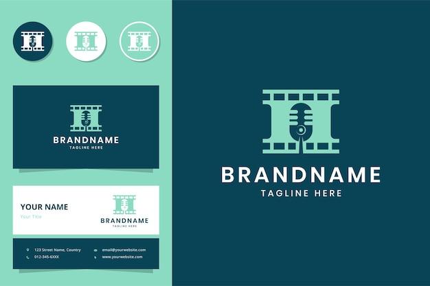Design de logotipo de espaço negativo de filme de podcast