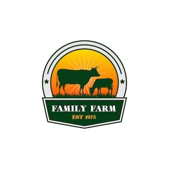 Design de logotipo de fazenda de vaca