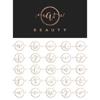 Design de logotipo de letra de beleza floral