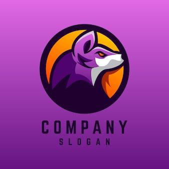 Design de logotipo de lobo