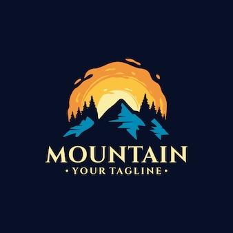 Design de logotipo de montanha vintage ilustração