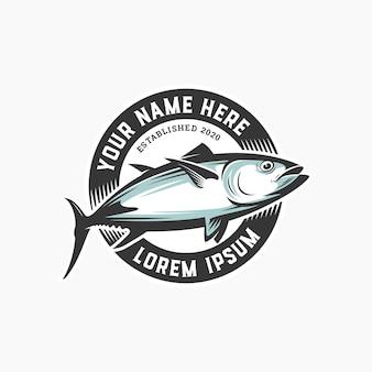 Design de logotipo de peixe círculo distintivo