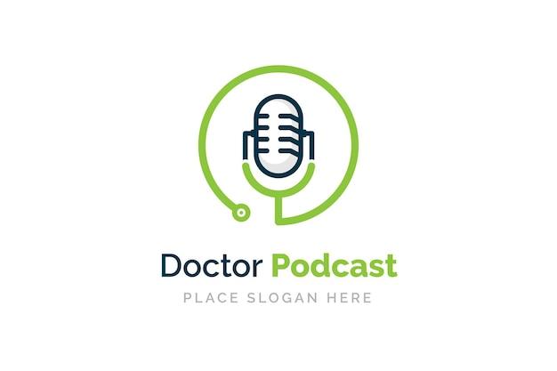 Design de logotipo de podcast médico. símbolo da ilustração do estetoscópio e do microfone.