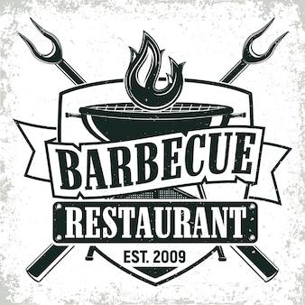 Design de logotipo de restaurante de churrasco vintage