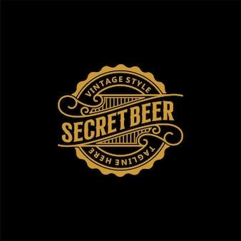 Design de logotipo de rótulo de cerveja retrô vintage
