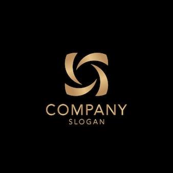 Design de logotipo dourado da empresa