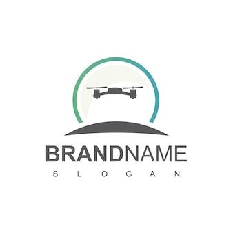 Design de logotipo drone para fotografia aérea e símbolo militar