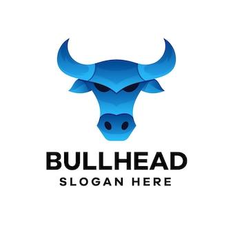 Design de logotipo em gradiente de cabeça de touro