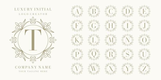 Design de logotipo inicial premium com moldura floral