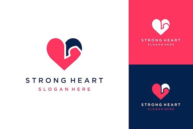 Design de logotipo inteligente coração com músculos do braço