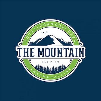 Design de logotipo moderno e simples de montanha