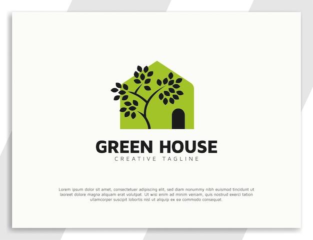 Design de logotipo para casa e árvore com conceito de casa
