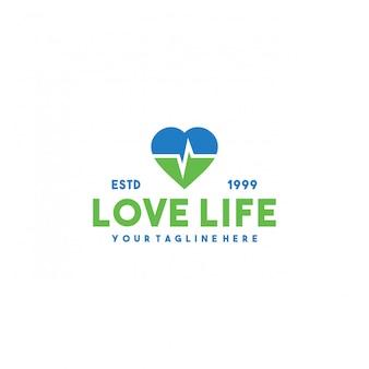 Design de logotipo premium de vida amorosa criativa