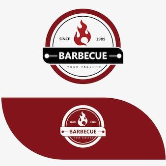 Design de logotipo retrô vintage para churrasqueiras, churrasqueiras, bife com emblema de etiqueta