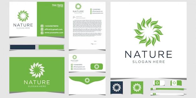 Design de logotipo rosa minimalista elegante flor e folha com artigos de papelaria