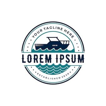 Design de logotipo vintage de navio de cruzeiro