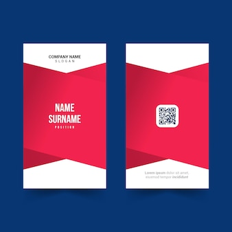 Design de modelo de cartão de identificação simples com cor vermelha e ícone de código qr