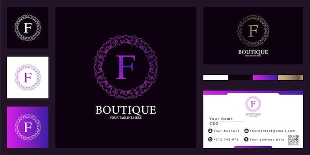 Design de modelo de logotipo de moldura de flor de ornamento de luxo letra f com cartão de visita