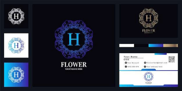 Design de modelo de logotipo de quadro de flor de ornamento de luxo letra h com cartão de visita.